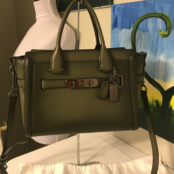 82d38320c189 Coach Handbags - Coach Swagger 27 Olive Green Leather burnish